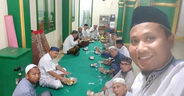 Enaknya Ngaji Subuh di Masjid Al Falah Korpri Sukarame, Sidik Efendi: Bakda Kajian Nguduk Barengan