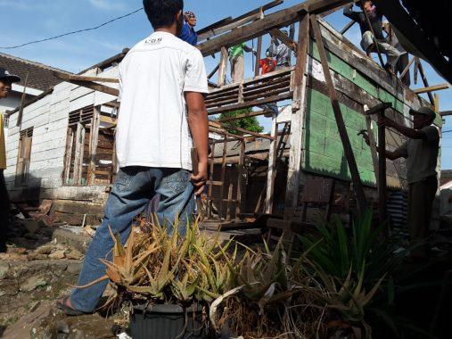 Kerja Bareng Banyak Lembaga, Rumah Zulyani Tanjung di Gisting Tanggamus Direnovasi Supaya Sehat dan Layak