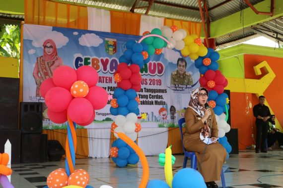 Bupati Tanggamus Dewi Handajani Buka Gebyar PAUD