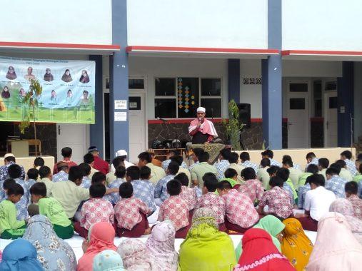 Keluarga Besar Sekolah Islam Terpadu Permata Bunda Galang Dana Bantu Korban Kebakaran Hutan dan Lahan di Kalimantan