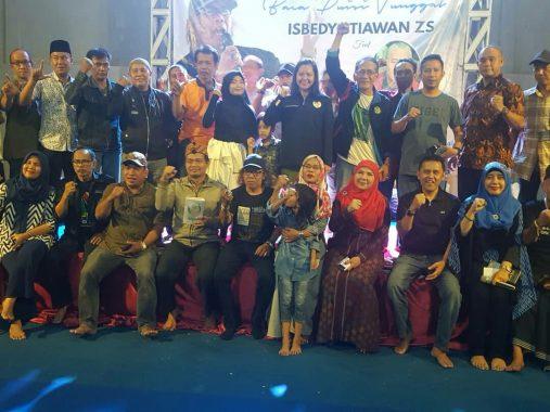 Eva Dwiana dan Mufti Salim Hadiri Baca Puisi Isbedy, Tanda Bakal Bersanding di Pilkada Bandar Lampung Tahun Depankah?