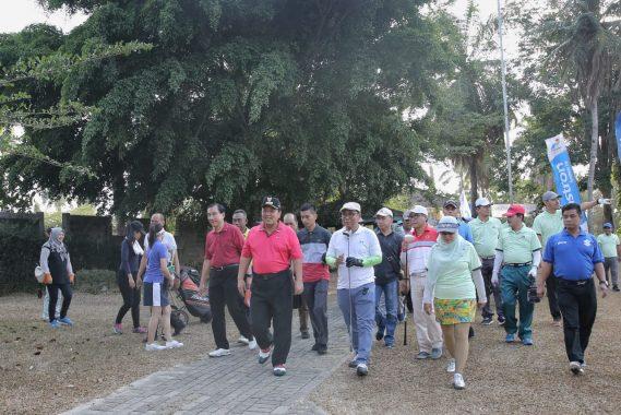 Gubernur Arinal Djunaidi Buka Turnamen Golf Lampung Post