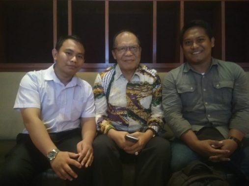 Rektor Unila Tonton Antologi Film Dokumenter Bidi Misi Award Karya Jurnalis Teknokra