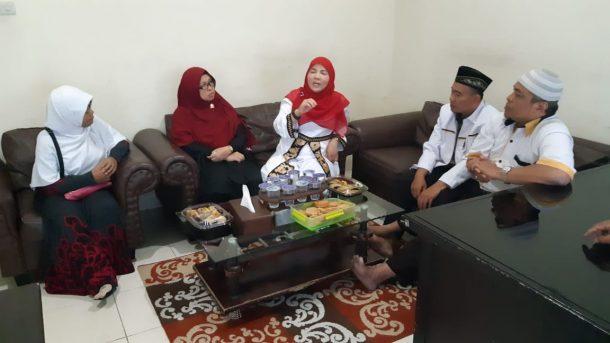 Pilkada Bandar Lampung: Daftar ke PKS, Eva Dwiana: Insya Allah Rekomendasinya ke Bunda Ya