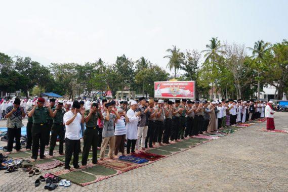 Nanang Ermanto Resmikan Musala GOR Way Handak Kalianda
