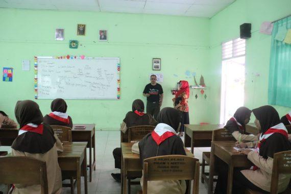 Peringati Hari Anak Internasional, SLB Insan Madani Lampung Sehari Belajar di luar Kelas.