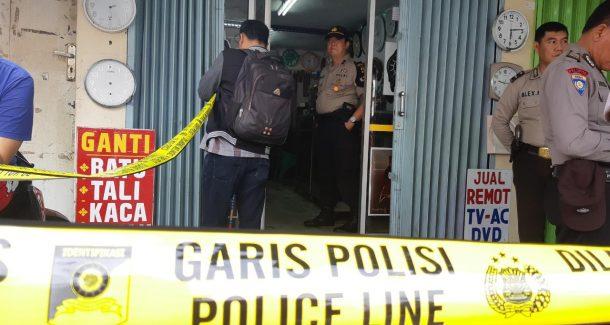Pria Gantung Diri di Kios Jam Fadli Jalan Ki Maja Way Halim
