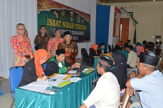 Asisten Bidang Pemerintahan Pemkab Tanggamus Buka Sidang Isbat Nikah Terpadu di Kotaagung
