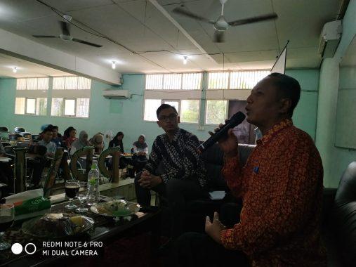 Seminar Literasi Gelaran UKMF Natural MIPA Unila, Sunardi Tekankan Tabayun