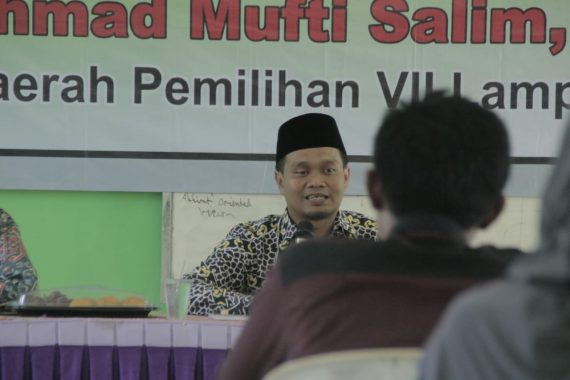 Isi Reses di SMA IT Al Fatih Poncowati Lampung Tengah, Mufti Salim: Kalau Mau Nakal Tunggu Usia 23 Tahun