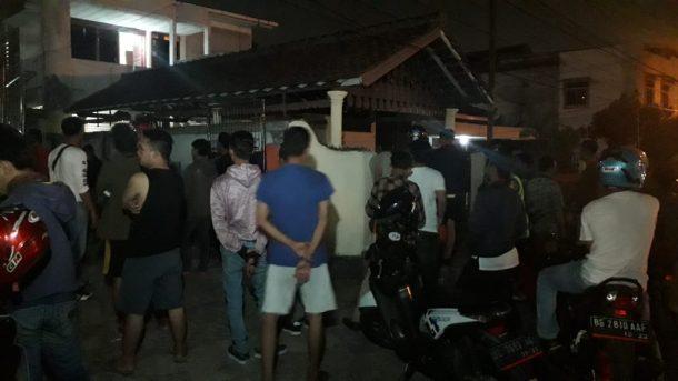 Pencuri Motor Babak Belur Dipukuli Massa di Jalan Way Sabu Pahoman Bandar Lampung