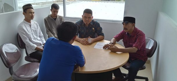 Warga Adukan Penerimaan Karyawan, Aep Saripudin Datangi Indo Grosir