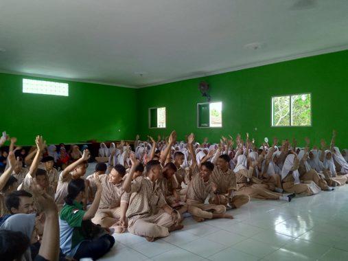 Ikatan Mahasiswa Lampung Timur Keliling Sekolah Jelaskan Urgensi Kuliah dan Masa Depan