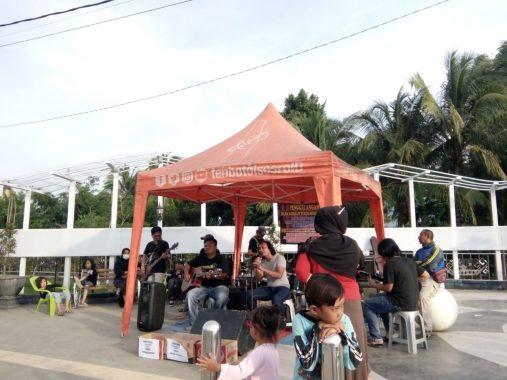 Komunitas Karang Taruna Gedong Tataan Galang Dana Korban Banjir