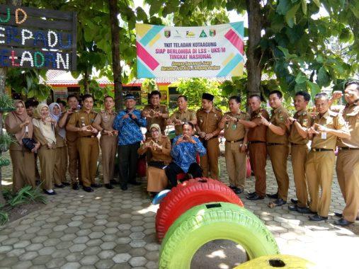 Tim Pembina UKS Kabupaten dan Provinsi Kunjungi TKIT Teladan Kotaagung