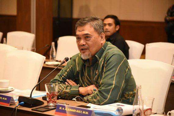 Ahmad Junaidi Auly: Jangan Bergantung pada China