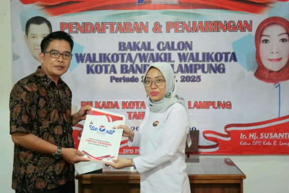 Eva Dwiana Ambil Berkas Pencalonan Wali Kota Bandar Lampung di Partai Perindo