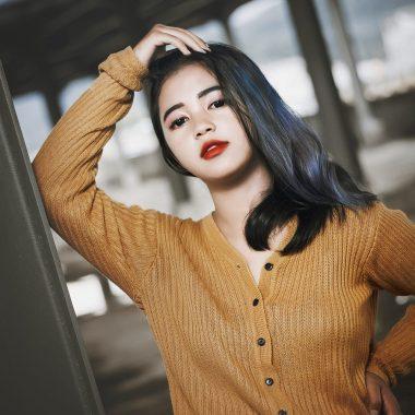 Model Lampung Pipit: Wajah Dingin, Hati Hangat