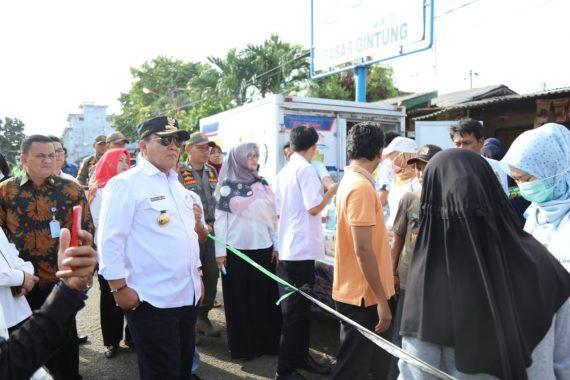 Gubernur Arinal Djunaidi Pantau UNBK di Lampung Selatan