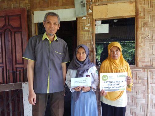 IZI Lampung Bayar Tunggakan Sekolah Yuyun Anak Buruh Bangunan