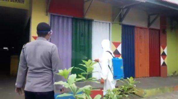 Cegah Corona, Fasilitas Publik di Kotaagung Disemprot Disinfektan