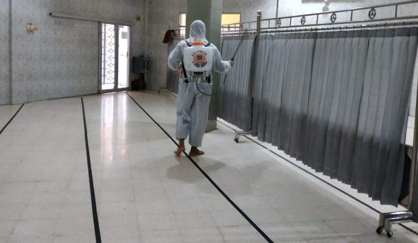PKS Telukbetung Selatan Semprotkan Disinfektan ke Sejumlah Masjid