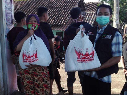 Polda Lampung Semprotkan Disinfektan di 540 Titik Strategis