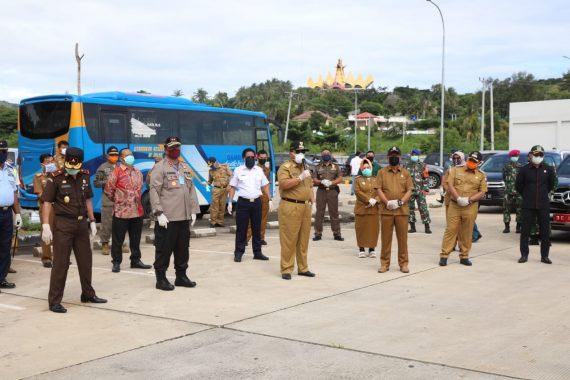 Nanang Ermanto Dampingi Gubernur Lampung Tinjau Penanganan Covid-19 di Pelabuhan Bakauheni