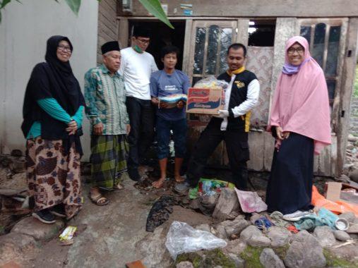 Ade Utami Ibnu Bantu Korban Banjir di Umbul Kunci Telukbetung Timur