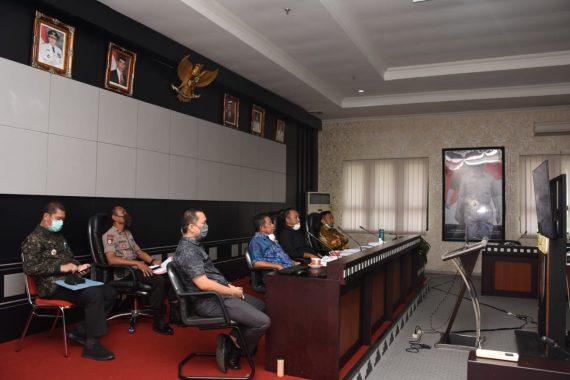 Bupati Umar Ahmad Ikuti Telekonferensi dengan Gubernur Lampung Arinal Djunaidi