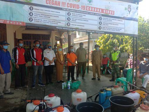 Rumah Warga dan Fasilitas Umum Pekon Menggala Kotaagung Timur Disemprot Disinfektan