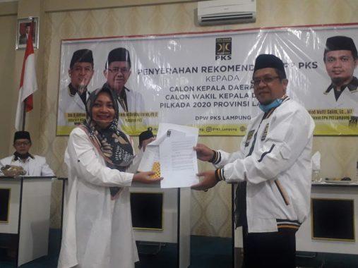 Nessy Kalvia Mustafa Resmi Diusung PKS Jadi Bakal Calon Bupati Lampung Tengah
