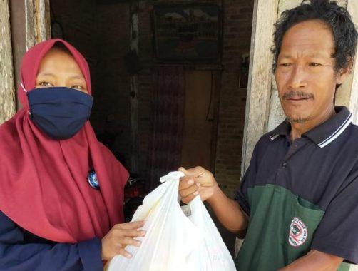 Gerakan Alumni SD Muhammadiyah 1 Pringsewu Bagikan Ratusan Paket Pangan kepada Duafa