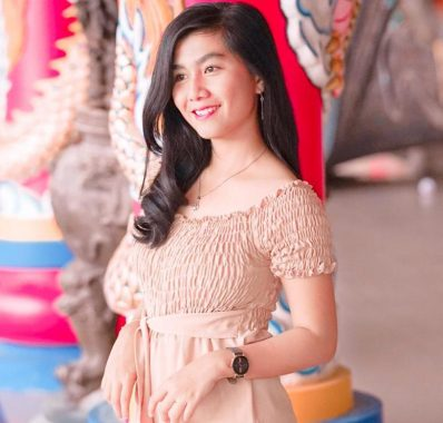 Model Lampung Zata: Difoto Bikin Nyaman dan Ketagihan