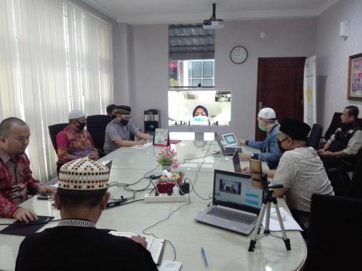 Hari Ke-42, Antoni Imam Berbagi Makanan ke Warga Dusun Sinar Kemuning, Sempatkan Doakan Keponakan Hamil 2 Bulan