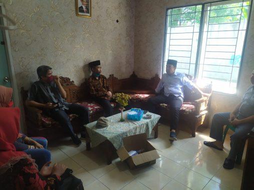 Senator Abdul Hakim Pantau Bantuan Langsung Tunai Dana Desa di Bumisari Natar Lampung Selatan