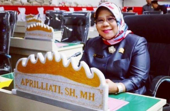 Aprilliati Ajak Calon Haji Tak Jadi Berangkat Tahun Ini Agar Legawa