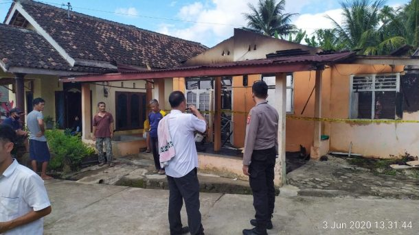 Rumah Asep di Dusun 1 Pekon Banding Agung Talangpadang Tanggamus Ludes Terbakar