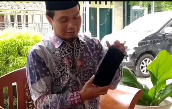 Tambah Dana Perjuangan Jadi Wali Kota Metro, Ahmad Mufti Salim Lelang Kopiah, Masya Allah Top Dah
