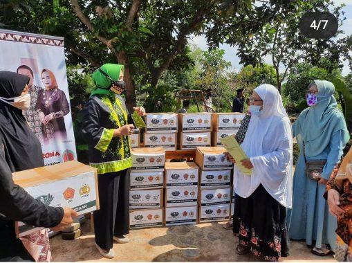 Riana Sari Arinal Bantu Perajin, Ponpes, dan Panti Asuhan di Lampung Tengah