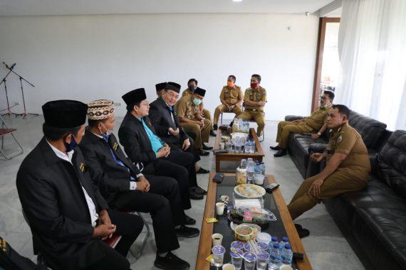Jelang New Normal, Nanang Ermanto Rapat Bersama FKUB Lampung Selatan