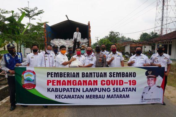 Pemkab Lampung Selatan Distribusikan Bantuan Sembako Bagi 1.500 Keluarga di Merbau Mataram