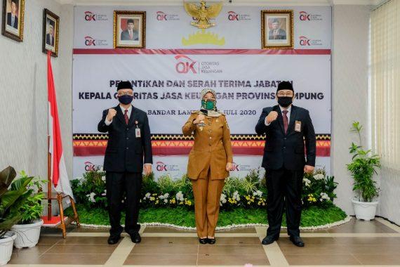Wakil Gubernur Lampung Hadiri Serah Terima Jabatan Kepala OJK Lampung