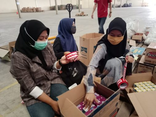 Bukalapak dan PT Tigaraksa Satria Salurkan Bantuan Senilai Rp200 Juta lewat ACT Lampung