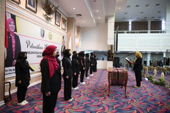 Kornelia Umar Ahmad Pimpin Perwosi Tulangbawang Barat