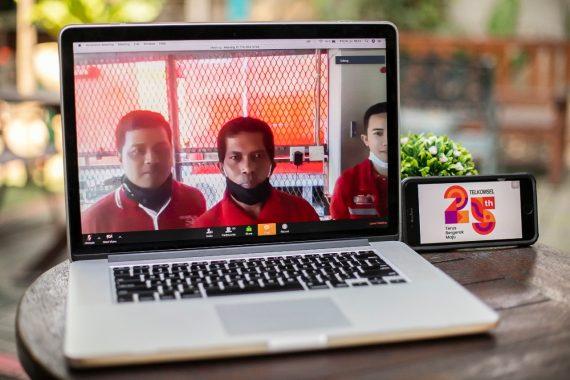 Telkomsel Beri Bantuan untuk 5.700 Penjaga BTS