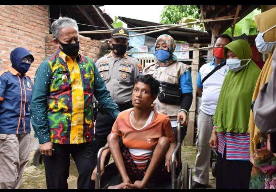 Kunjungi Warga Penderita Kanker, Wakil Wali Kota Metro Djohan Tak Kuasa Tahan Kesedihan