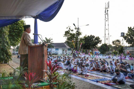 Gubernur Arinal Salat Idul Adha 1441 H di PKOR Way Halim, Serahkan Kurban 2 Ekor Sapi