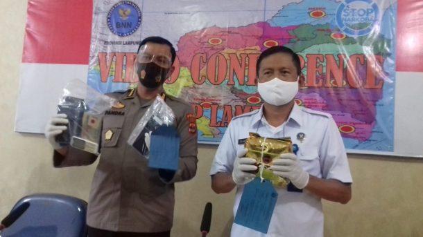 BNN Lampung Amankan 2 Polisi yang Hendak Edarkan 1 Kilogram Sabu, Salah Satunya Berasal dari Metro