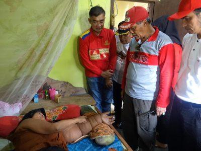 Advertorial: Bupati Lampung Tengah Jemput Langsung Warga Tidak Mampu Penderita Kanker Payudara